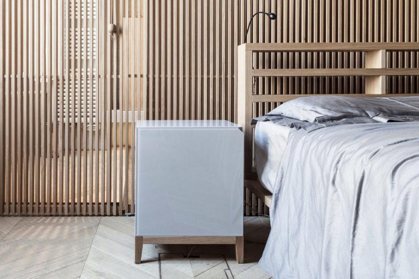 Detalle de moderno mobiliario que decora este dormitorio.