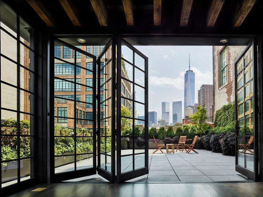 Terraza abierta con maravillosas vistas de la ciudad de Nueva York