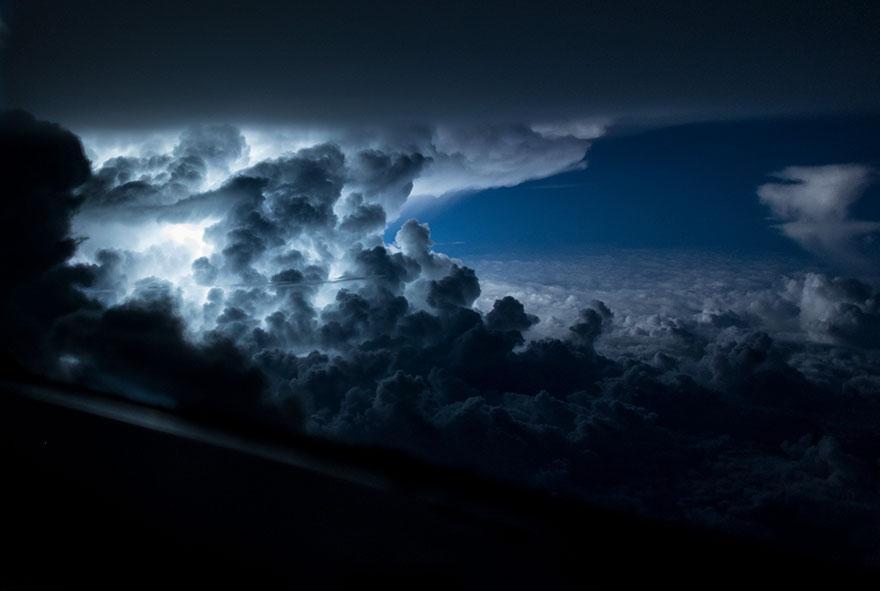 pilot-clouds-lightning-night-skies-santiago-borja-lopez-13-591954c95e9a6__880