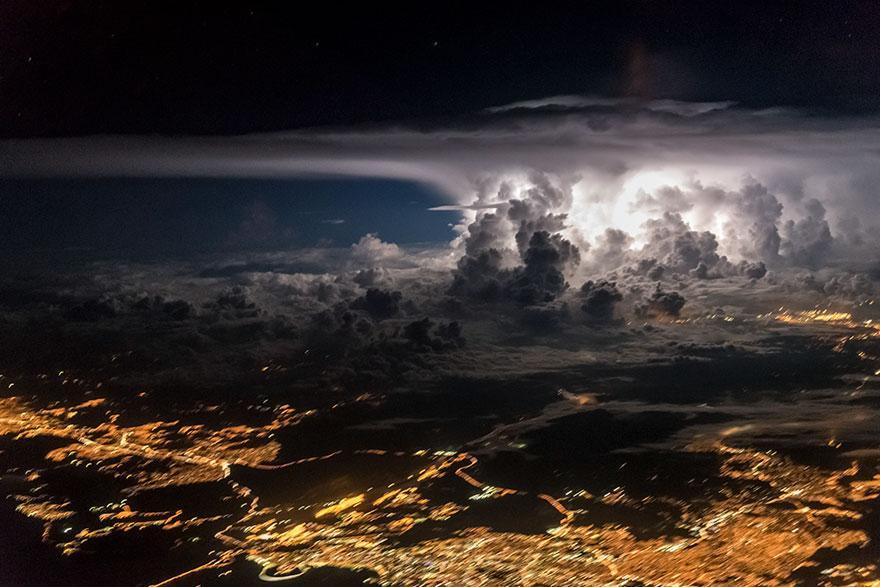 pilot-clouds-lightning-night-skies-santiago-borja-lopez-15-591954ce7e759__880