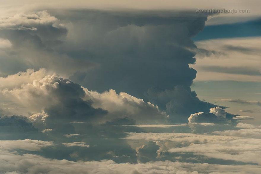 pilot-clouds-lightning-night-skies-santiago-borja-lopez-5-591954b95e2a7__880