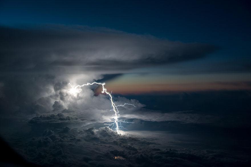pilot-clouds-lightning-night-skies-santiago-borja-lopez-9-591954c1449c1__880